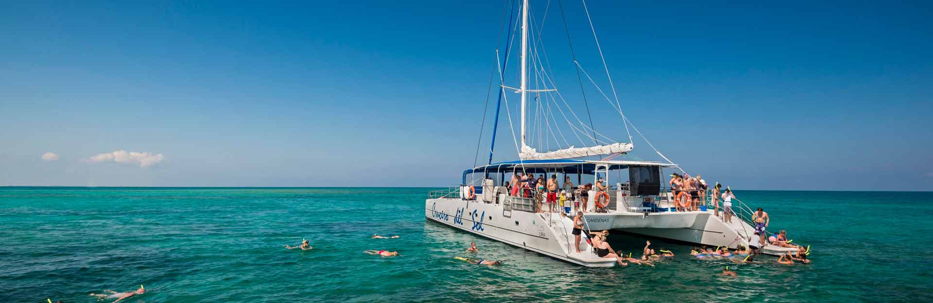 Turismo, Náutica, Excursiones en Catamarán, Cuba Travel